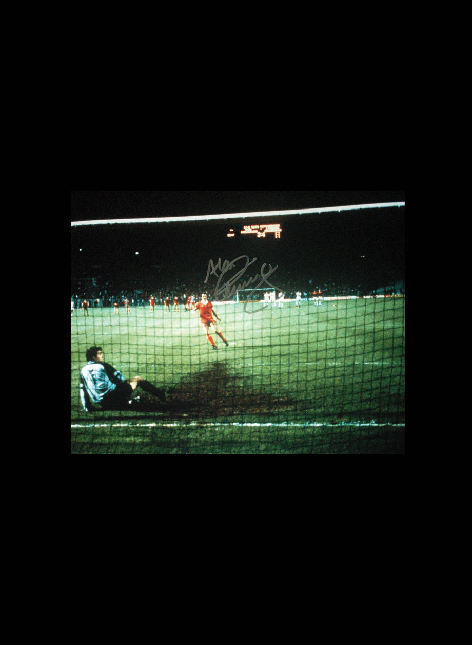 859145228e3 Alan kennedy Signed Liverpool 1984 European Cup Final photo - All ...