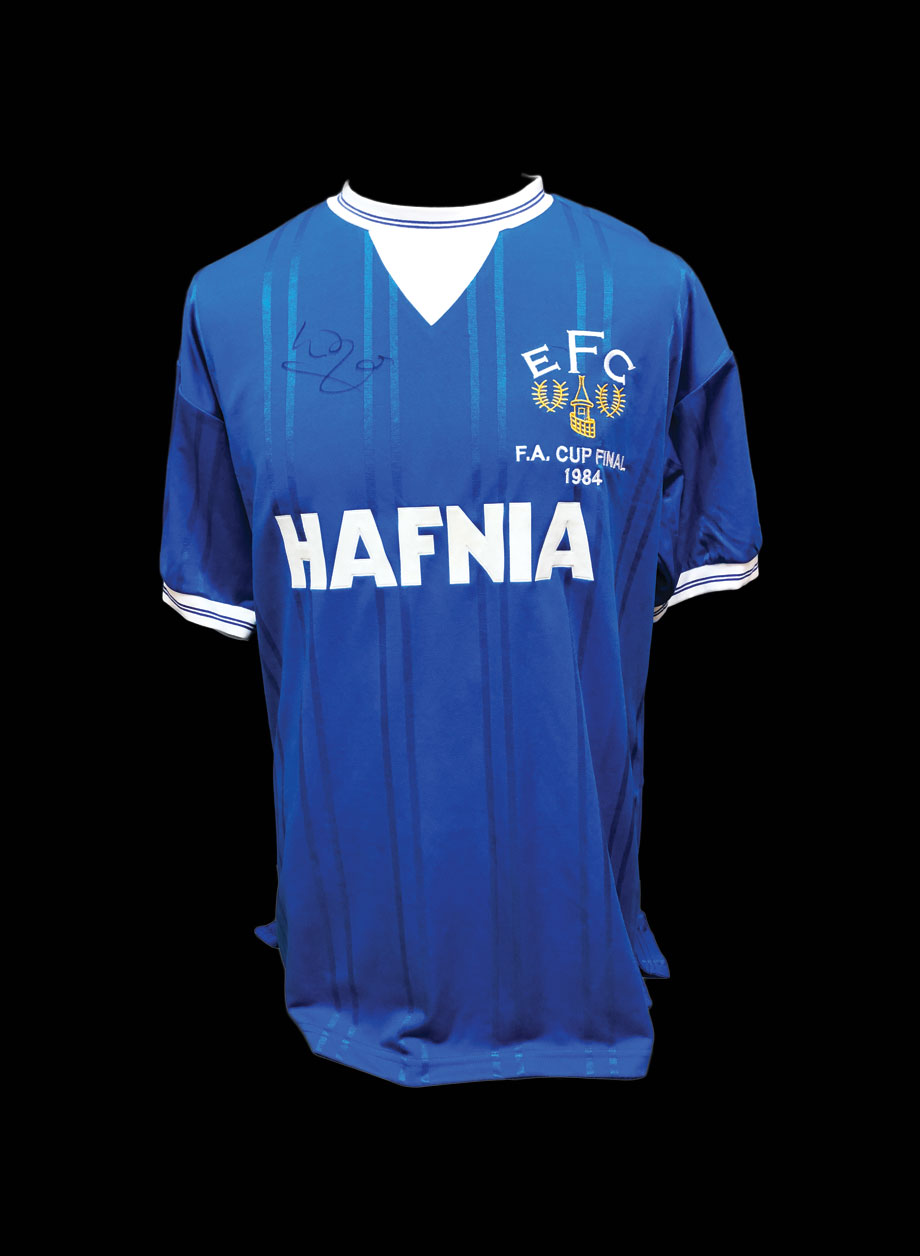info for 9b5ad aef5e Kevin Ratcliffe signed Everton 1984 FA Cup Final replica shirt.