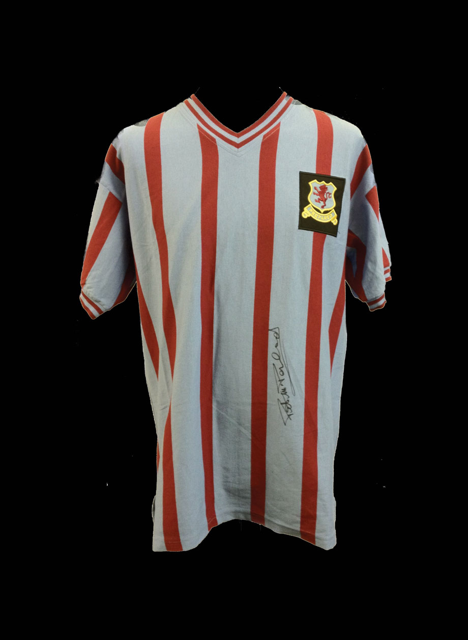quality design 567c2 02533 Peter McParland signed Aston Villa shirt