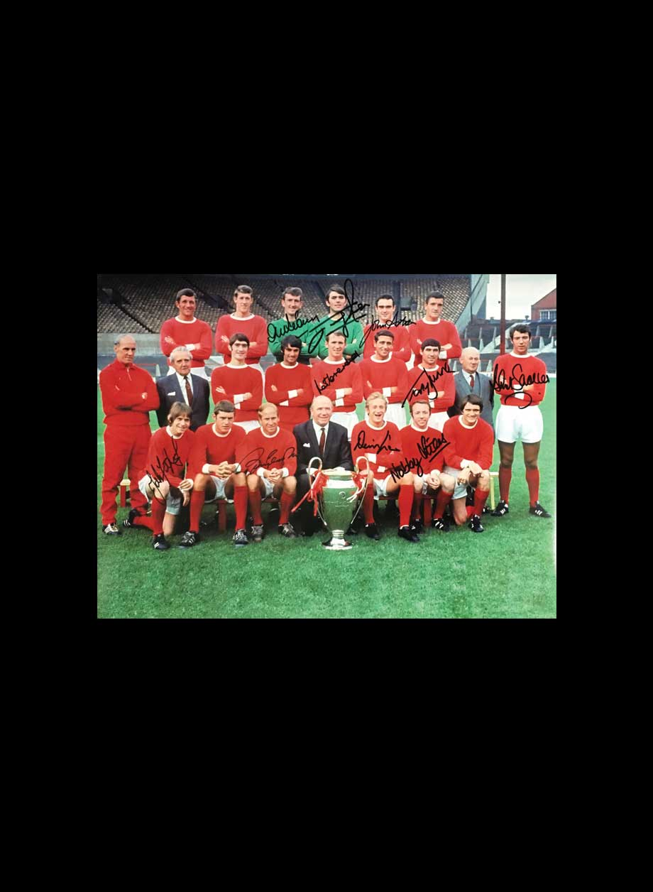 5113b42a8f7 Manchester United 1968 European Cup Final photo signed by 10 - All ...