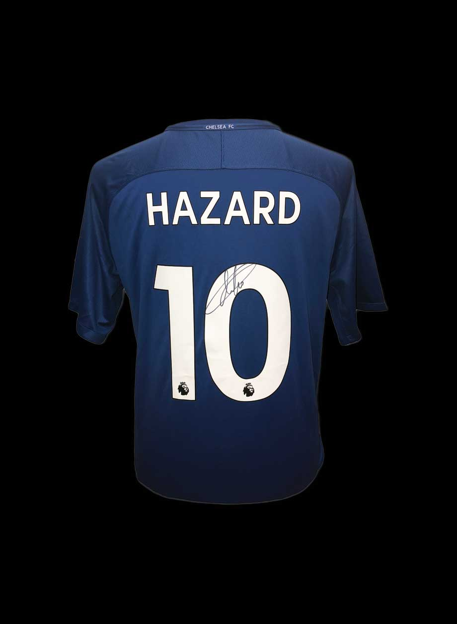 separation shoes 2efc0 326cf Eden Hazard signed Chelsea 10 shirt
