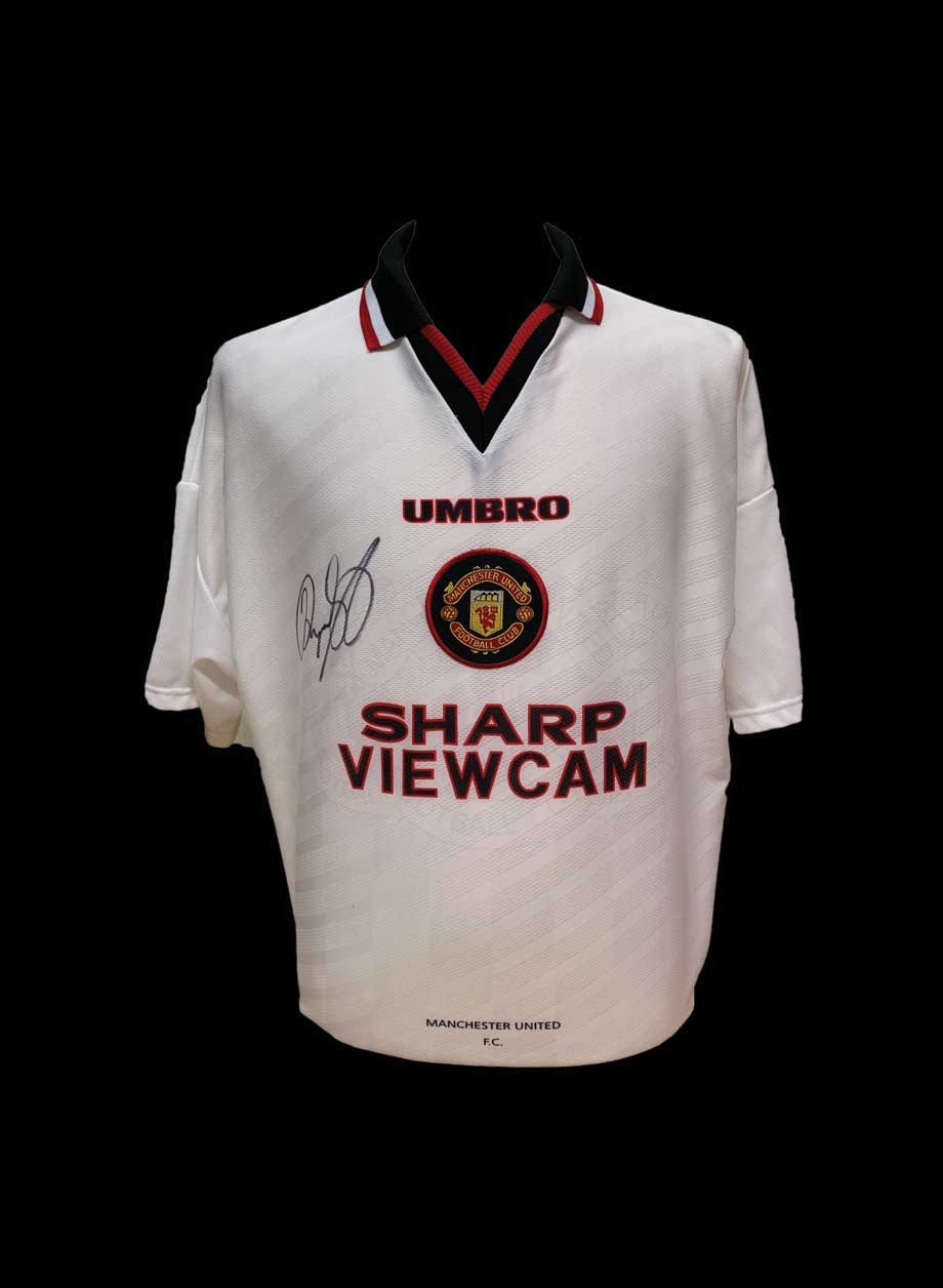 brand new 912d1 0d438 Ryan Giggs signed Manchester United 1996/97 shirt